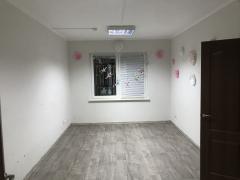 Відмінне офісне приміщення 92 кв.м на Проспекті Петра Григоренка